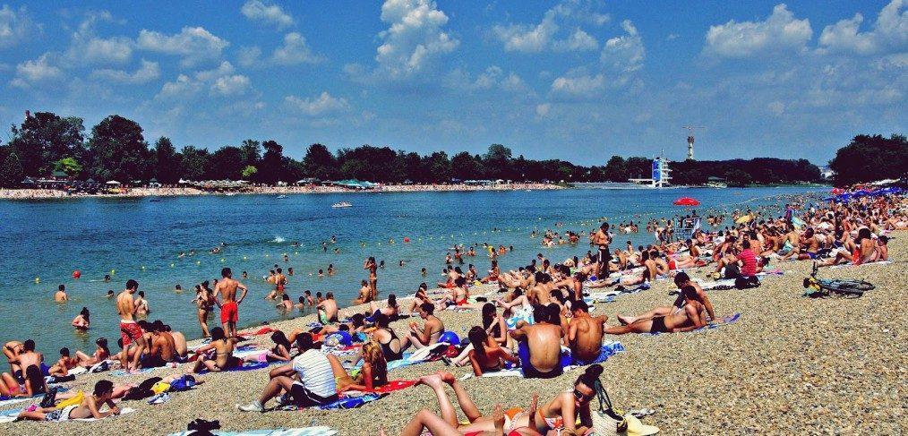 Ada Ciganlija, Belgrade Riviera. Summer is the best time to visit Belgrade. iBikeBelgrade.
