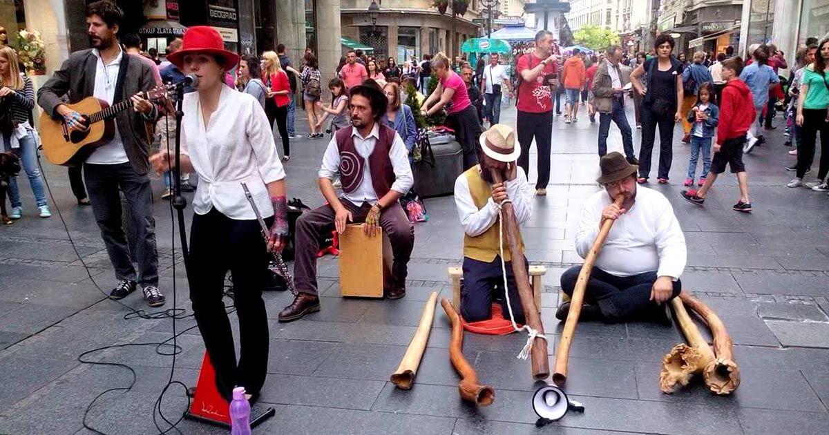 performers at Knez Mihailova street